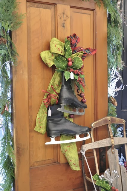 Holiday Decorating: Skates & Sleds   Driven by Decor