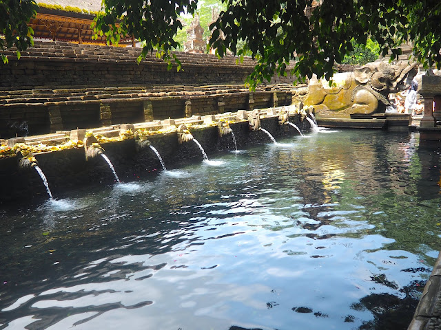 Tirta Empul water temple, near Ubud, Bali, Indonesia