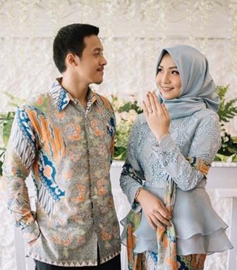 Contoh Baju Model Kebaya Muslim Couple Anak Muda