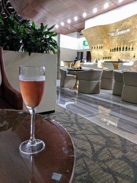 Emirates Business Class Champagne Bar in the lounge in Dubai