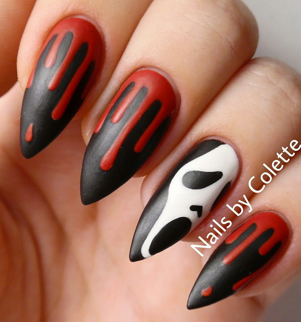 great nail art idea for halloween