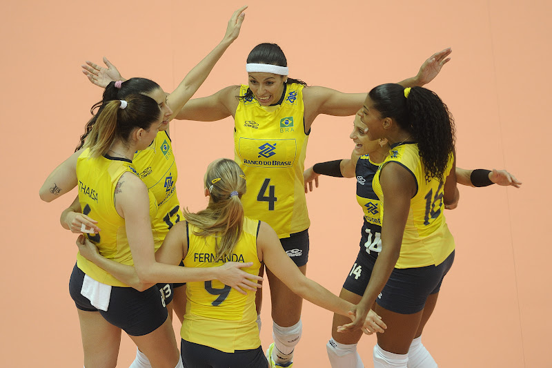 f8eb07da3e (GRAND PRIX) Brasil venceTailândia e  veste  camisa da China pelo 9º título  do GP