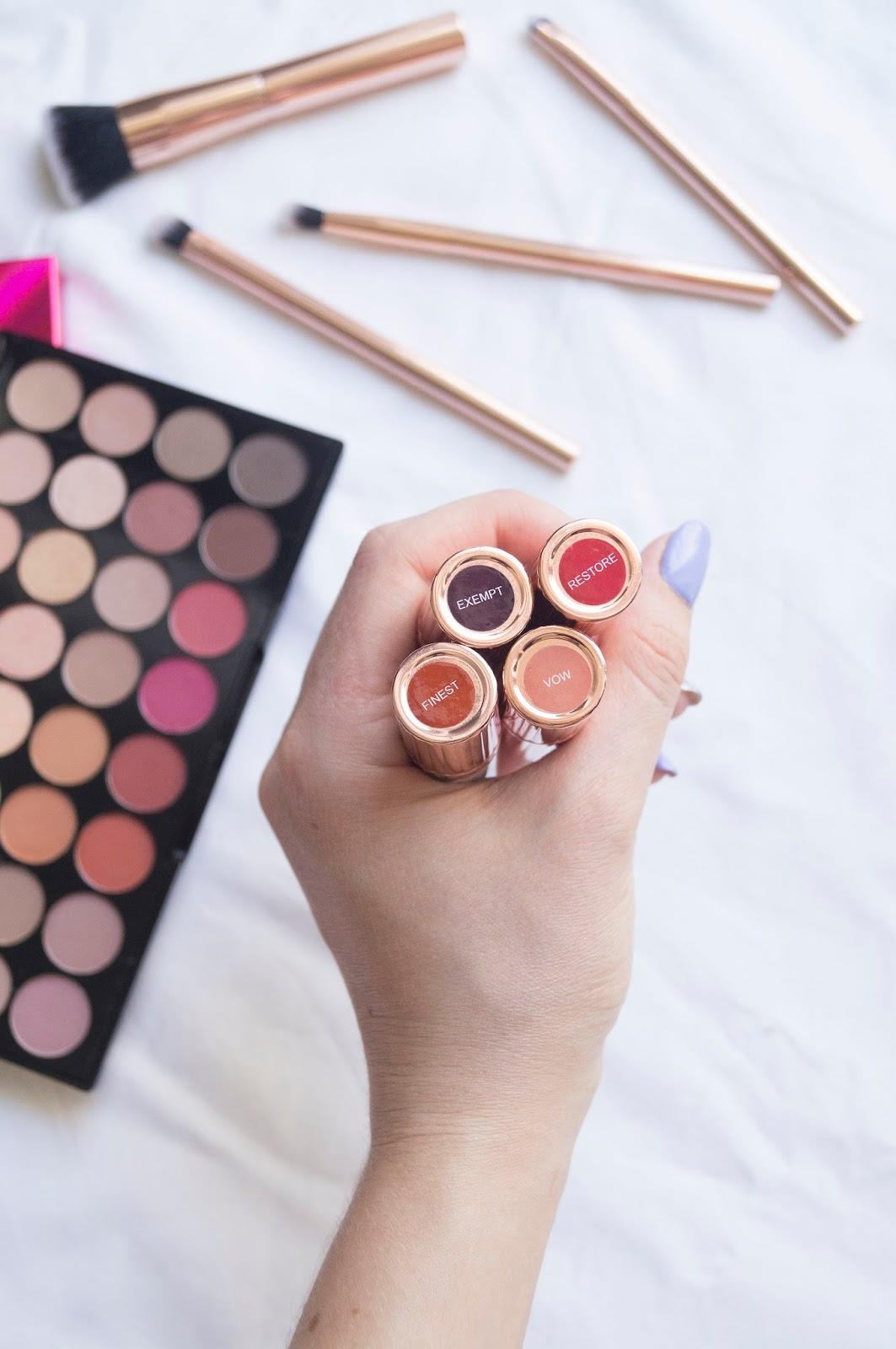 pomadki Renaissance Lipstick