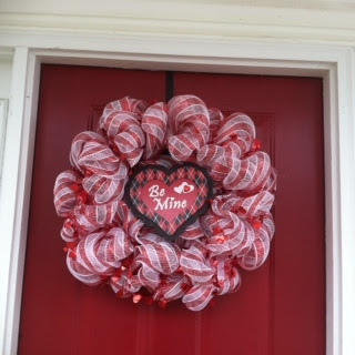 Guest Post #2 {Geo Mesh Valentine's Wreath}