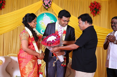Kumudam-Chitramani-Son-Girirajan-Wedding-Reception-Photos-1