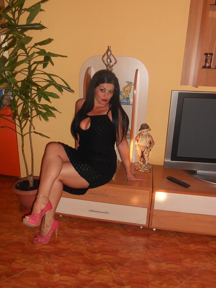 Romanian Women Fall In Love 66
