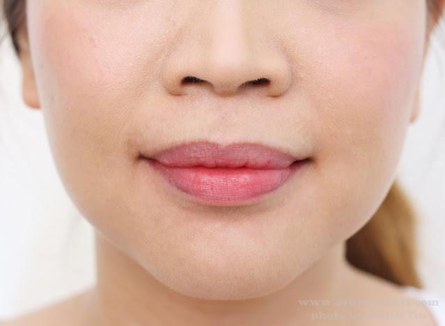 A photo of Bliss Fabulips Foaming Lip Cleanser