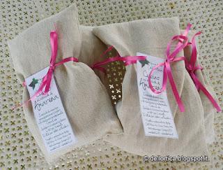 confetture gelatine salamoia tarassaco sale aromatico erbe secche tisane ortica cinorrodi ghirlande sassi decorati lavandai