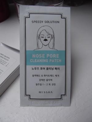 čistiace pleťové náplasti na nos