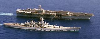 USS DWIGHT D. EISENHOWER (CVN-69) и линкор USS NEW JERSEY (BB-62). Учения BRIGHT STAR '83.