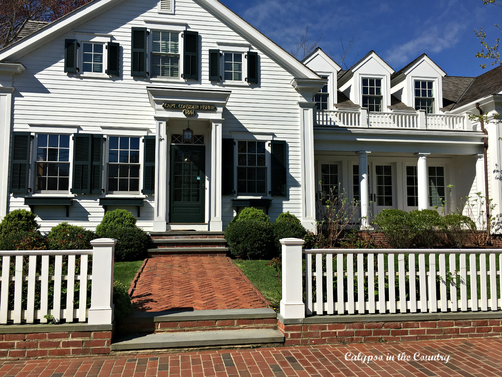 edgartown girls Girls' weekend guide to martha's  girls' weekend guide to beautiful martha's vineyard  we stayed at the iconic harbor view hotel in edgartown which was just .