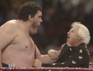 WWF / WWE: Wrestlemania 6 - Andre the Giant turns on Bobby Heenan, becoming a crowd favorite once again