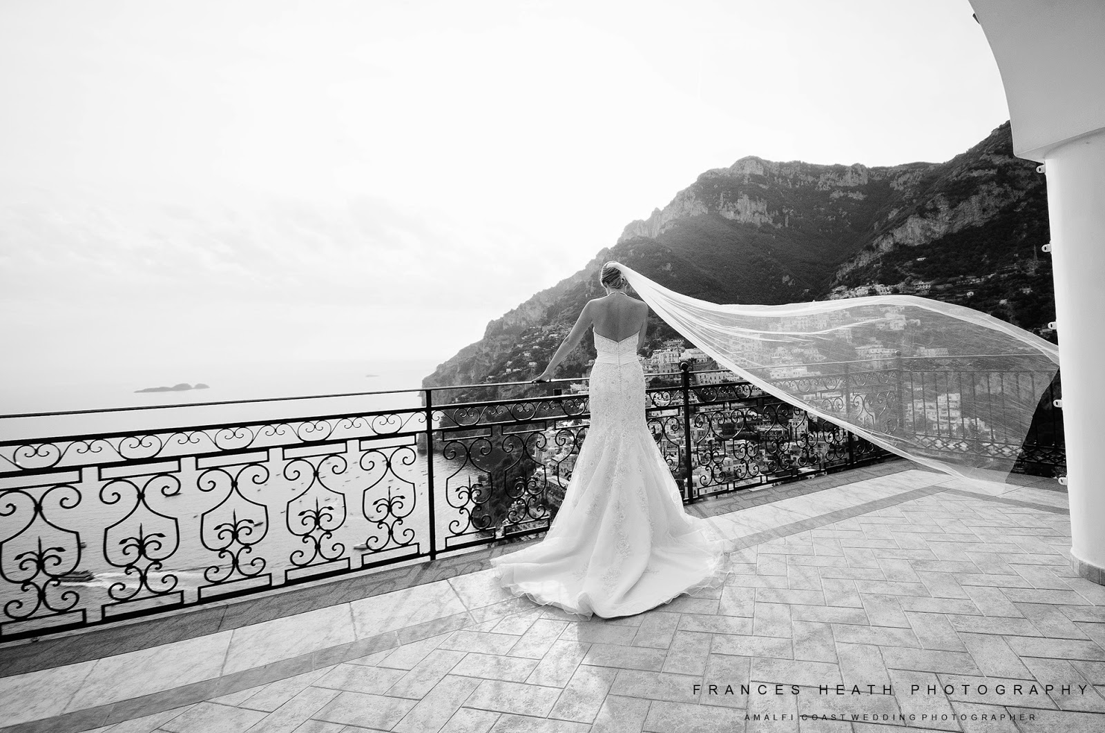 Bride on the terrace at Villa Oliviero in Positano