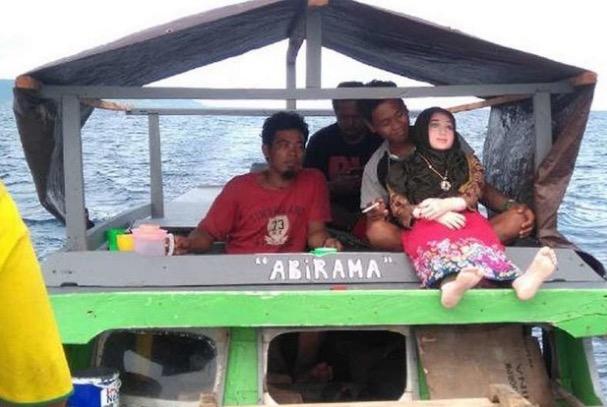 'Bidadari Laut' Yang Ditemui Nelayan Indonesia Rupa-Rupanya Patung Pemuas Nafsu