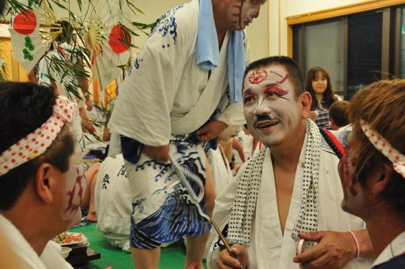 Hozaura Asamasai (makeup men's parade), Minamiise Town, Mie Pref.