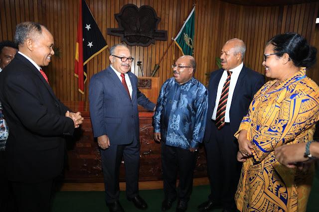 Gubernur Papua Hadiri Perayaan Hari Kemerdekaan PNG