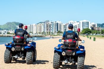 Verão: Guarda Civil Municipal reforça policiamento na orla de Vitória (ES)