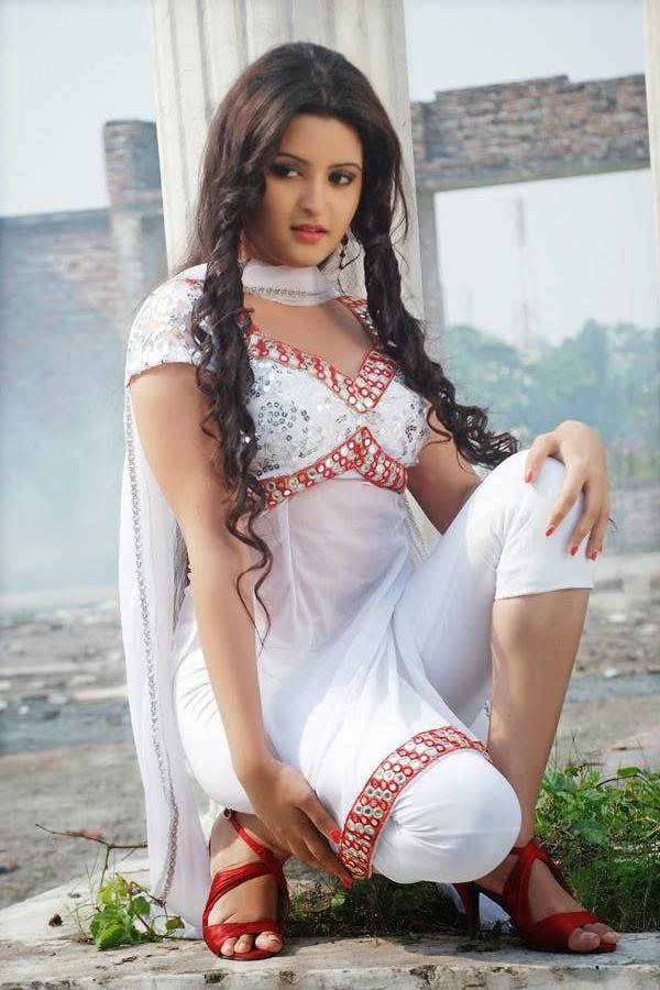 Pori Moni Bio  Hot Pics  Life In Bangladesh-6331