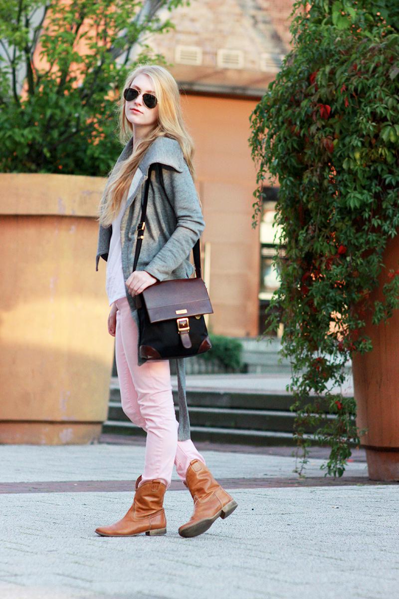 Grey Sweater & Pink Pants