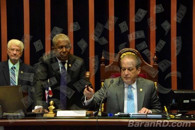 Senadores aprueban préstamos por US$170 millones