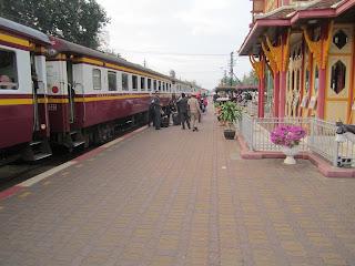 Hua Hin Thailand Bahnhof Bansteig