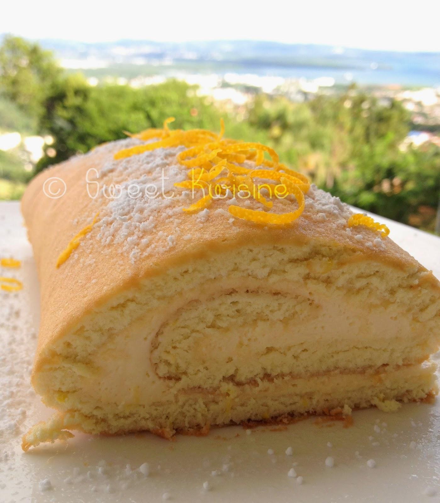 sweet kwisine, gâteau, génoise, roulé, bûche, citron, lemon curd, citron, crème, oeuf