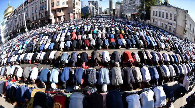 Kebangkitan Islam 2050: Bencana atau Rahmat?