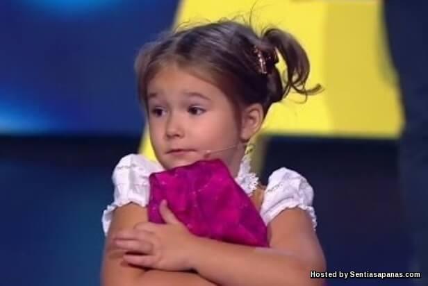 Angelina Bella Devyatkina