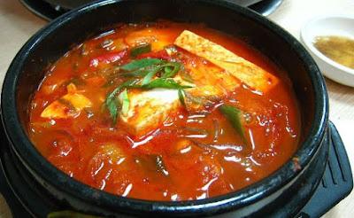 Sup Kimchi (Kimchi Jjigae)