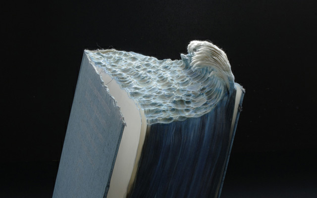 Increíbles paisajes tallados en libros