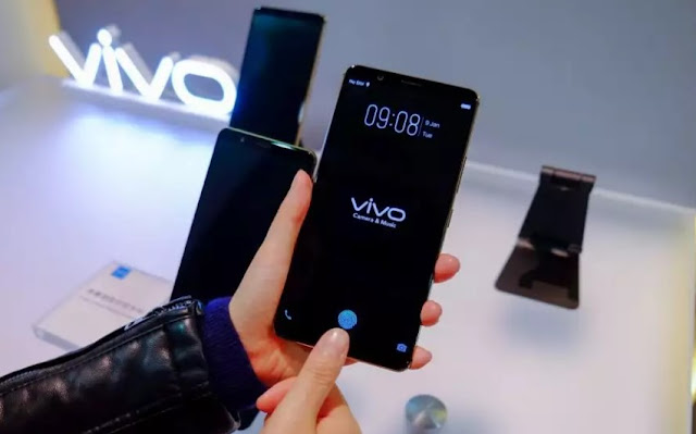 ViVo Phone with fingerprint scanner on the screen