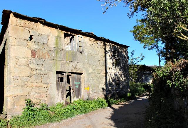 camino-de-santiago-frances-casa-en-ruinas-barbadelo-a-mercadoiro