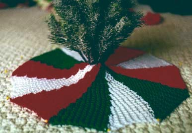Miss Julia S Patterns Free Patterns 16 Tree Skirts For