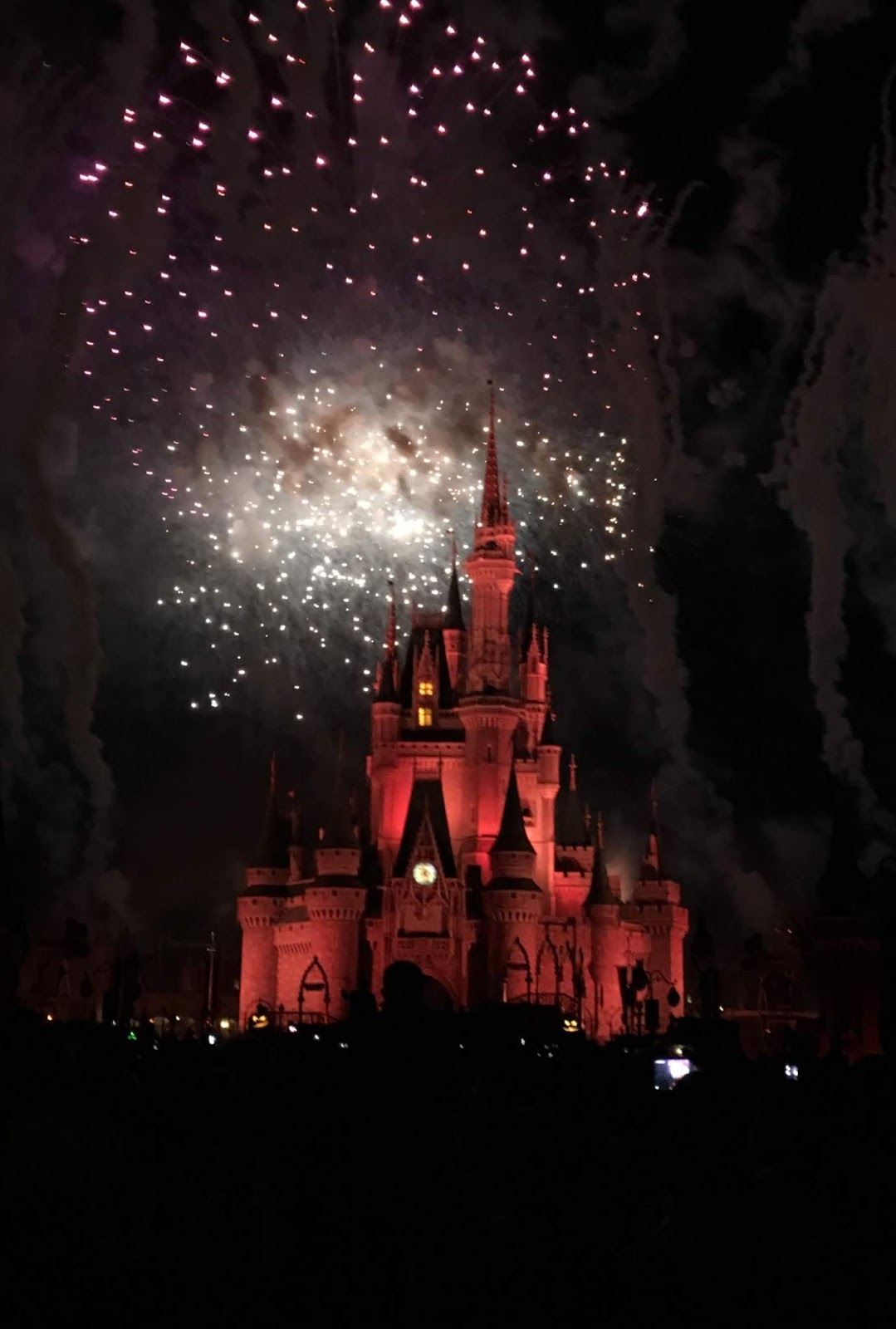 how to watch magic kingdom fireworks for free