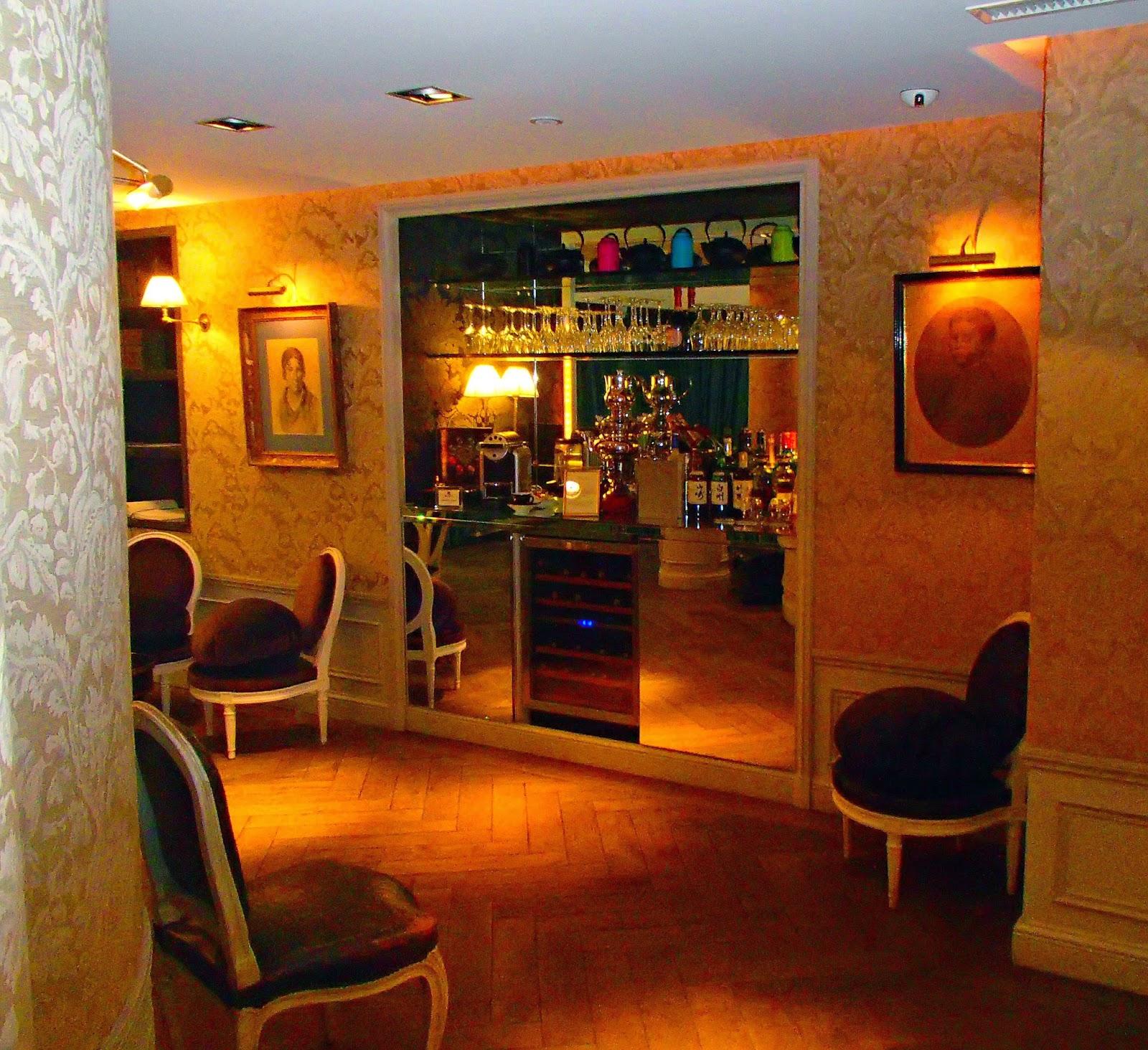 Luxury Classic French Style At Hotel De Buci Paris