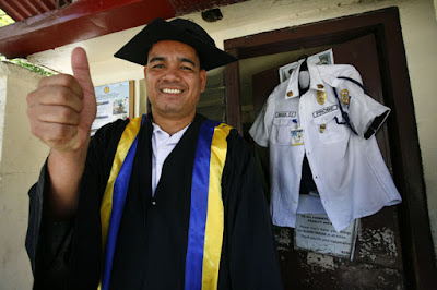 Security Guard, Father of 3, Graduated Cum Laude at STC - The inspiring story of Erwin Macua. ~ Exam Ally