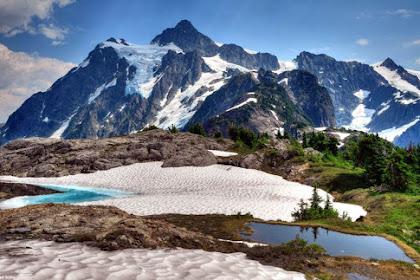 7 Gunung Tertinggi di Papua yang Mesti Pendaki Ketahui