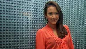 Nadine Alexandra