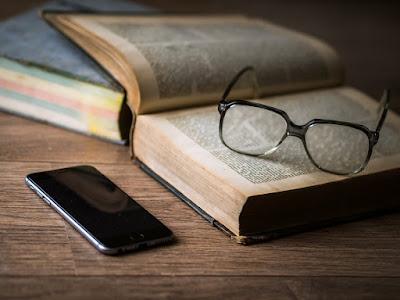 TecnoPensamiento | Literatura en tiempos de Redes Sociales