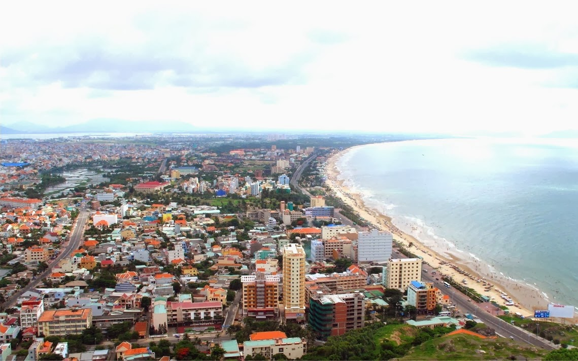 Vung Tau, a favorite beach of Southern people 2