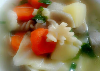 SUP SEHAT UNTUK ANAK (Macaroni sayur dan baso)