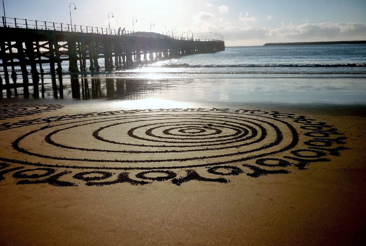 Gerry joe weise land art gerry joe weise orbital design sand drawing coffs harbour jetty beach australia 2016 private collection nvjuhfo Image collections