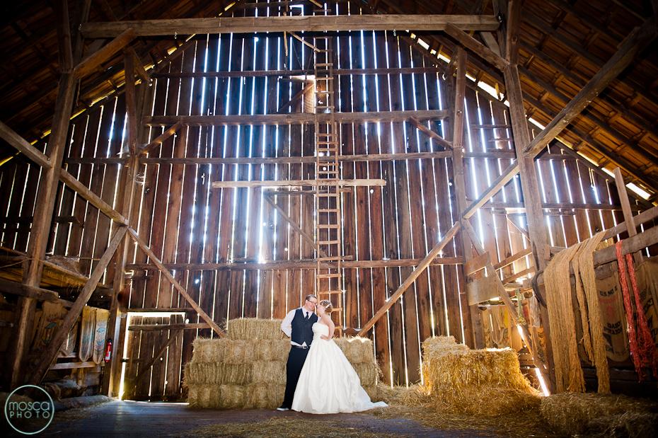 Wedding Veil Anna S Bridal Flowers Arranged For You Fl Events Cake Helen Bernhard Bakery