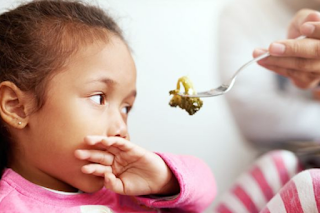 7 Tips Cara Supaya Anak Mau Makan Nasi