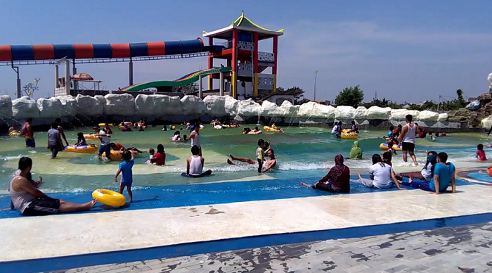 Wisata Bekasi Puri Nirwana Waterpark