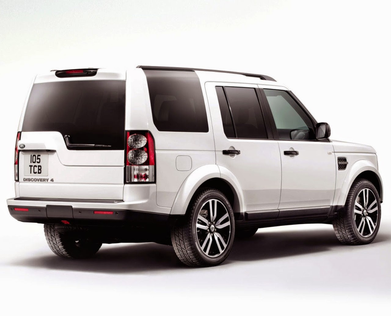2015 Land Rover Discovery 4 Car Reviews