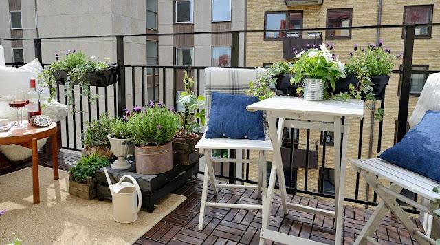 Έξυπνες ιδέες να κάνετε το μπαλκόνι σας πιο λειτουργικό