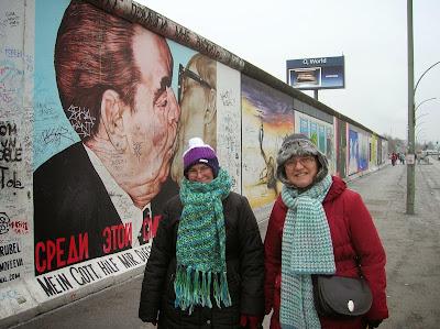 Muro de Berlín, East Side Gallery, Berlín, Alemania, round the world, La vuelta al mundo de Asun y Ricardo, mundoporlibre.com
