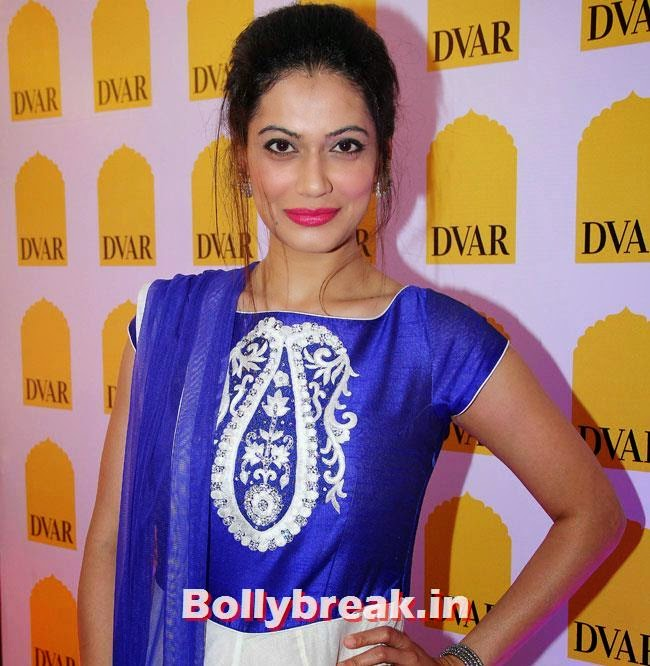 Payal Rohatagi, Payal Rohatagi, Ragini Khanna at DVAR Luxury Store Launch