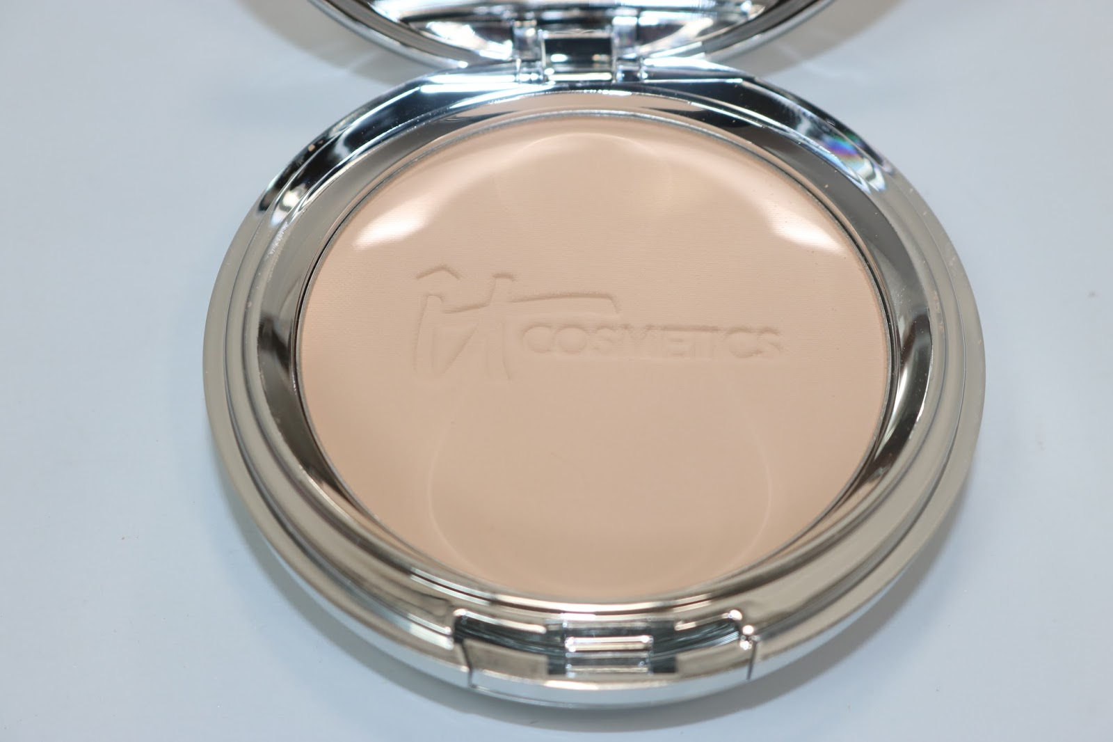 IT Cosmetics Supersize Celebration Foundation™ SPF 50+